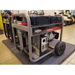 У модели Briggs & Stratton 6250A большой бак, в среднем на 15 часов работы