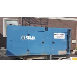 Генератор дизельный SDMO V330 в кожухе